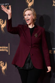 Jane Lynch at Creative Arts Emmy Awards in Los Angeles