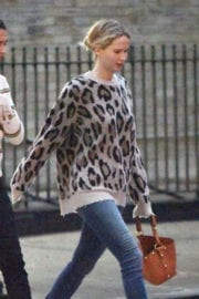 Jennifer Lawrence Stills Out and About in New York Photos