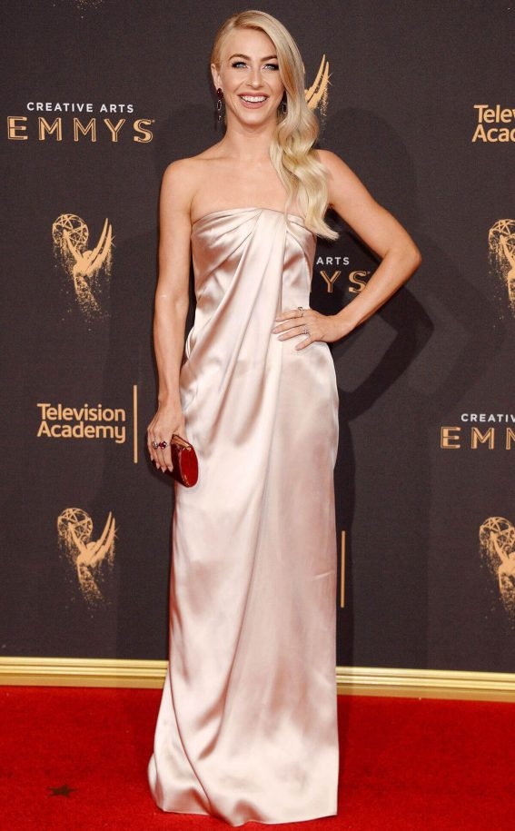 Julianne Hough Stills at 2017 Creative Arts Emmy Awards in Los Angeles