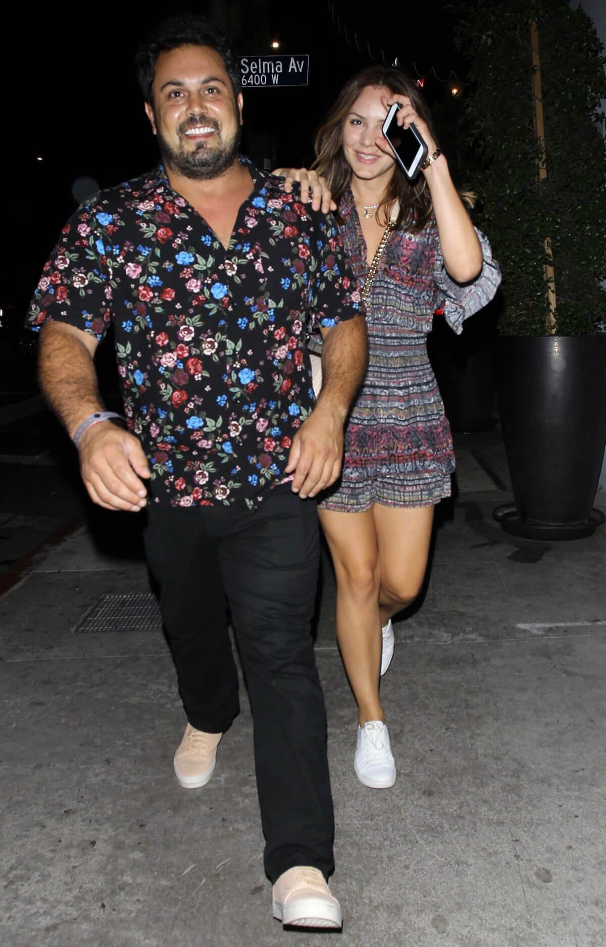 Katharine McPhee with Her Friends Night Out in Los Angeles