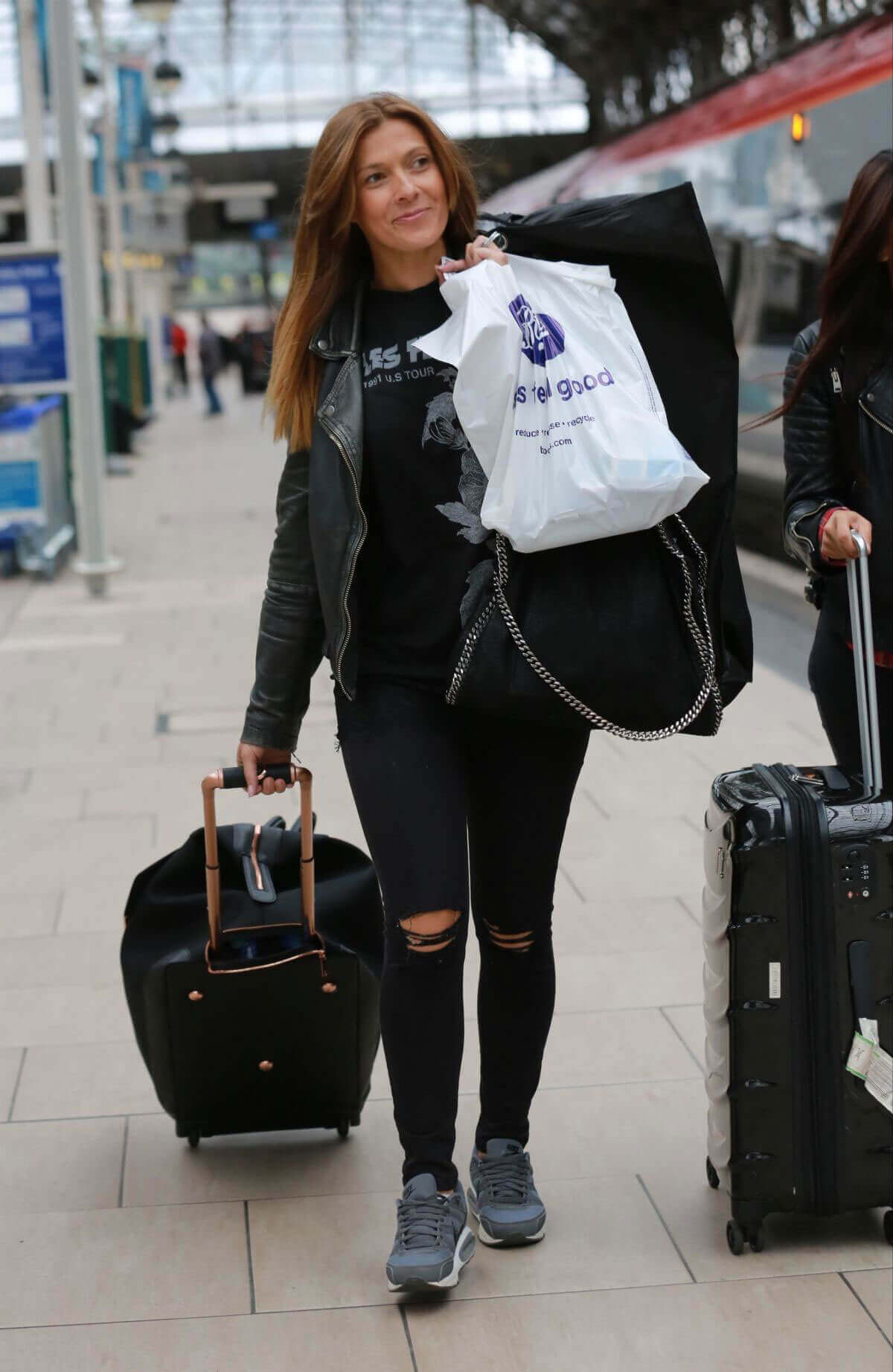 Kym Marsh, Julia Goulding and Bhavna Limbachia Stills at Train Station in Manchester