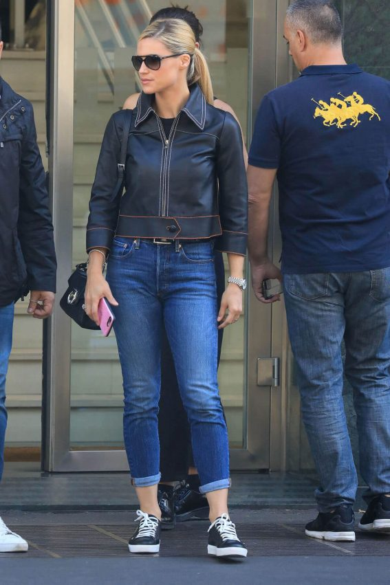 Michelle Hunziker and Aurora Ramazzotti Stills Out in Milan