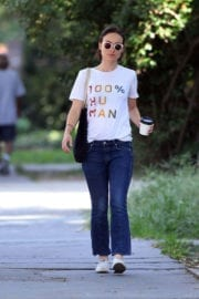 """Olivia Wilde wears """"100% HU MAN"""" T-Shirt Out in New York"""