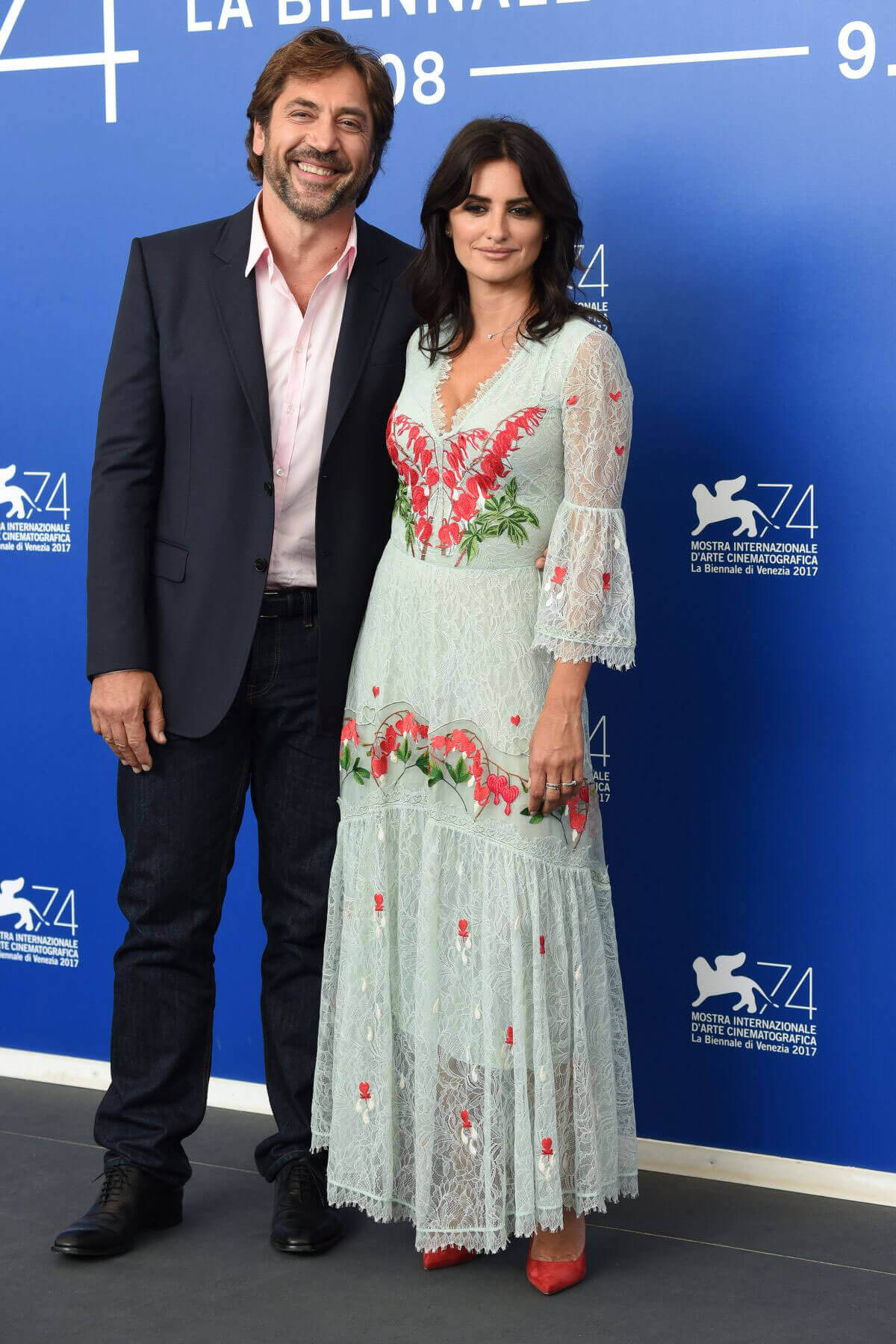Penélope Cruz with Her Spouse Javier Bardem Stills at 2017 Venice International Film Festival