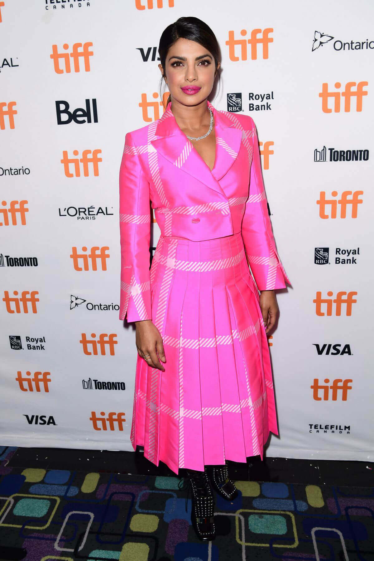 Priyanka Chopra wears Hot Pink Outfit at Pahuna: The Little Visitors Premiere at 2017 TIFF in Toronto
