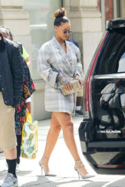 Rihanna without Bottom shows off legs to Brooklyn Navy Yard in New York