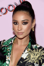 Shay Mitchell Stills at The Refinery29 Third Annual 29Rooms: Turn It Into Art Event in Brooklyn