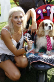 Stephanie Pratt flashes cleavage at Pupaid 2017 Event in London