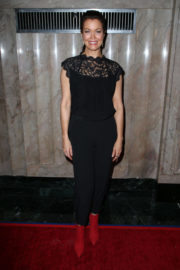 """Bellamy Young Stills at """"Turn Me Loose"""" Play in Los Angeles"""