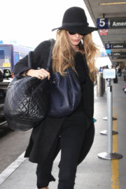 Blake Lively wears all Black at LAX Airport in Los Angeles