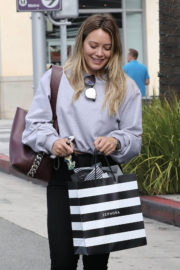 Hilary Duff Shopping at Sephora in Beverly Hills