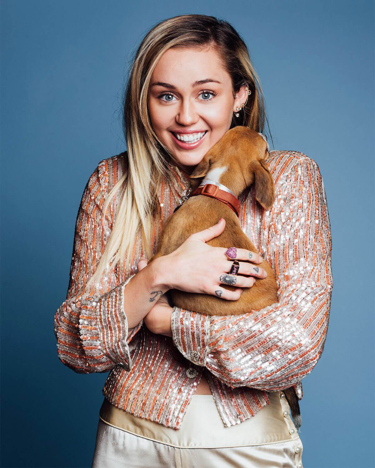 Miley Cyrus Poses for Buzzfeed Magazine, October 2017 ...