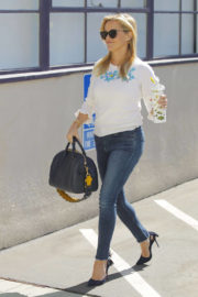 Reese Witherspoon wears White Top & Blue Jeans with High Heels at Her Office in Santa Monica