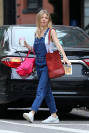 Sienna Miller Stills at Le Pain Quotidien in New York Images