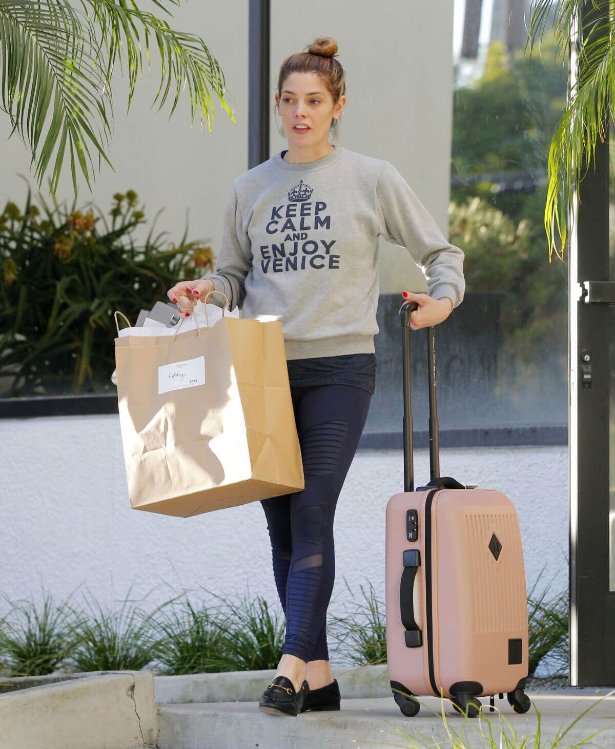 Ashley Greene wears Grey Sweatshirt & Blue Tight Jeans Out Shopping in Beverly Hills