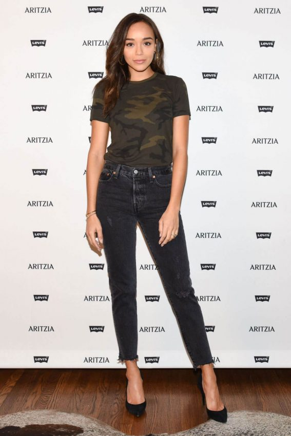 Ashley Madekwe Stills at Levi's by Aritzia Collection Launch in Los Angeles