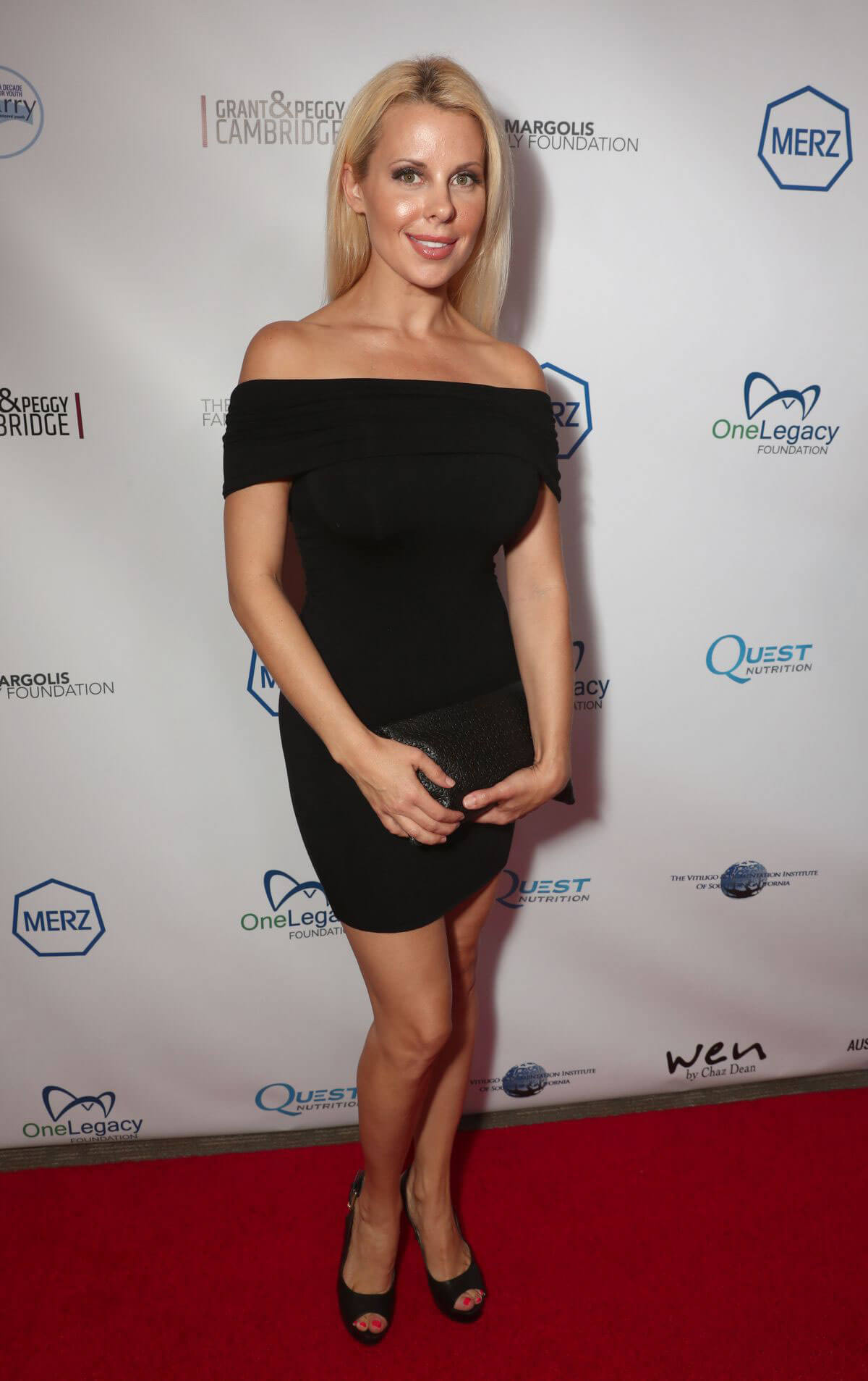 Beth Bowen at 10th Annual Carry Gala 2017 in Los Angeles