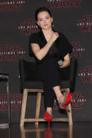 Daisy Ridley Stills at Star Wars: The Last Jedi Press Conference in Mexico City