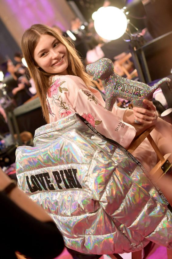 Grace Elizabeth Stills on the Backstage at 2017 Victoria's Secret Fashion Show in Shanghai