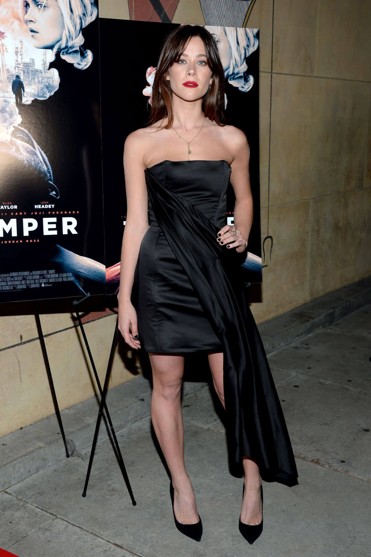 Jazzy De Lisser wears Black Off Shoulder Dress at Thumper Premiere in Los Angeles