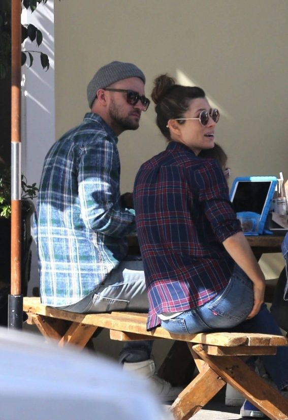 Jessica Biel and Justin Timberlake Stills Out for Lunch in Los Angeles
