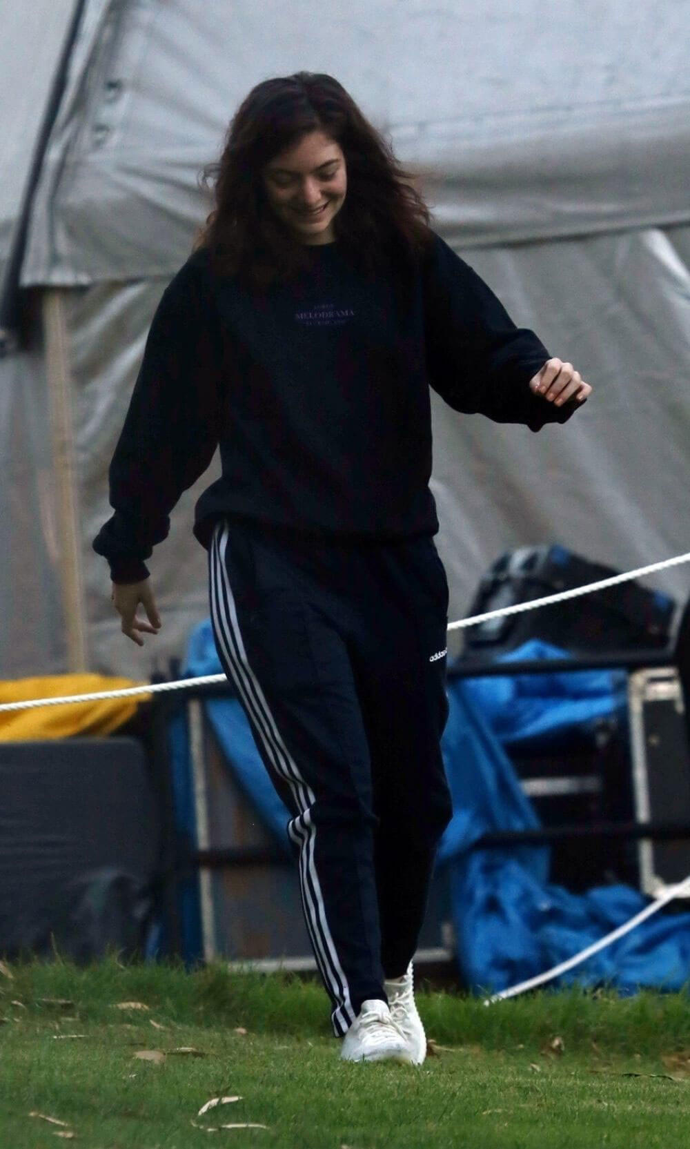 Lorde Stills Arrives at Kings Park Ahead of Her Show in Perth