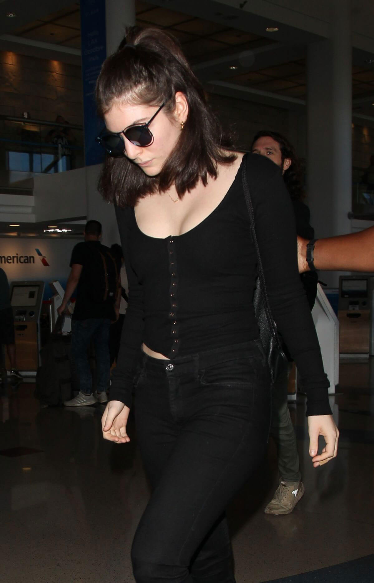 Lorde Stills Arrives at LAX Airport in Los Angeles