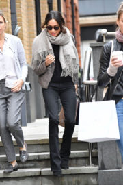 Meghan Markle Stills Out Shopping in London Photos