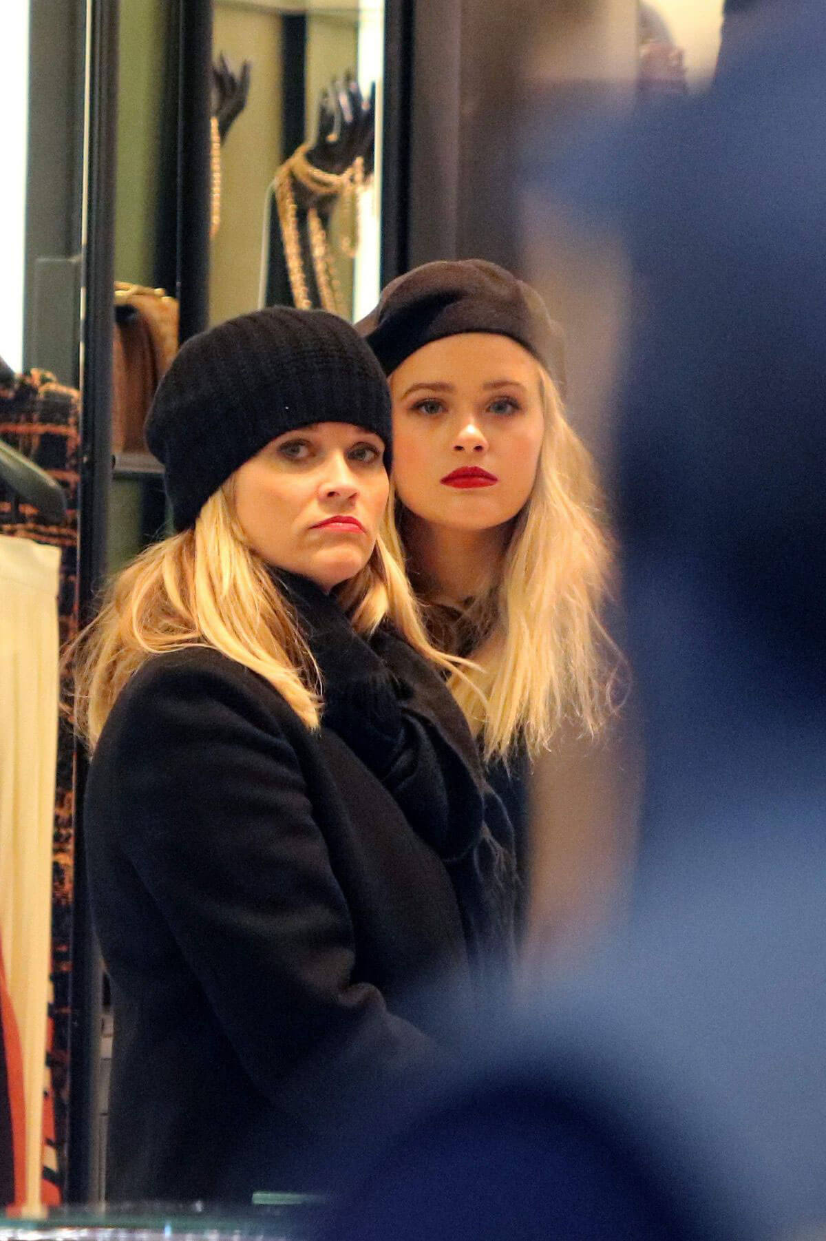 Reese Witherspoon and Ava Phillippe Out Shopping in Paris Photos