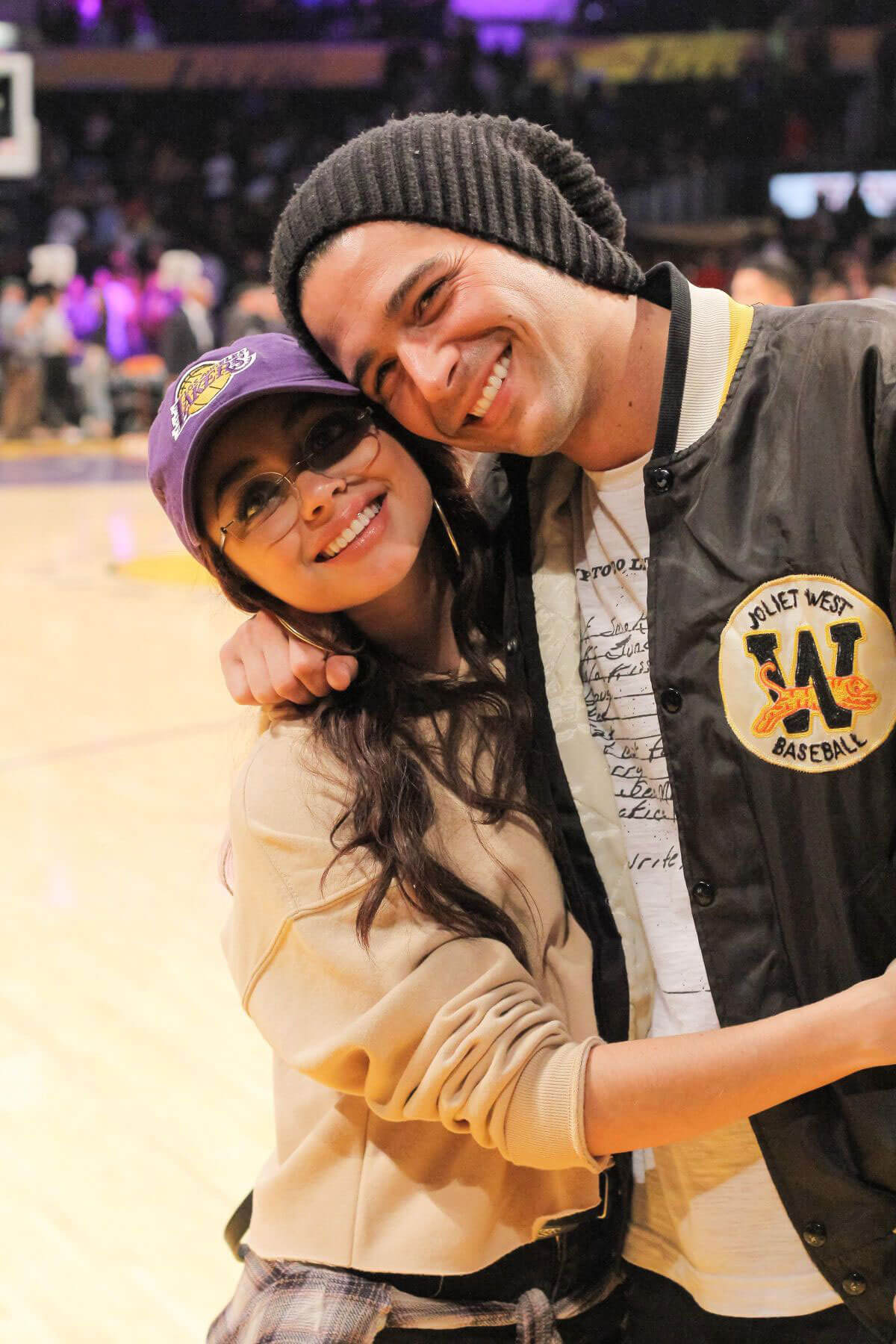 Sarah Hyland and Wells Adams Stills at Lakers vs Bulls Game at Staples Center in Los Angeles