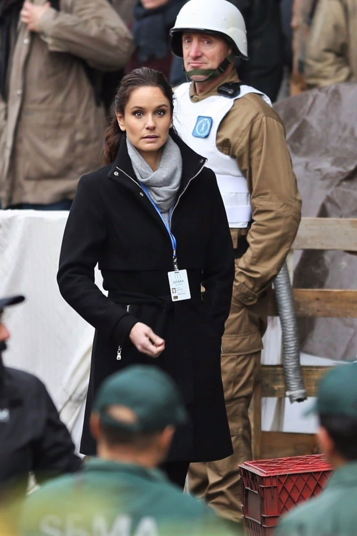 Sarah Wayne Callies Stills on the Set of Colony, Season 2 in Vancouver