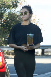 Selena Gomez Stills Out for Iced Tea in Los Angeles Images
