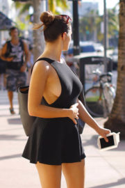 Tao Wickrath shows off legs in short dress out for breakfast in Miami