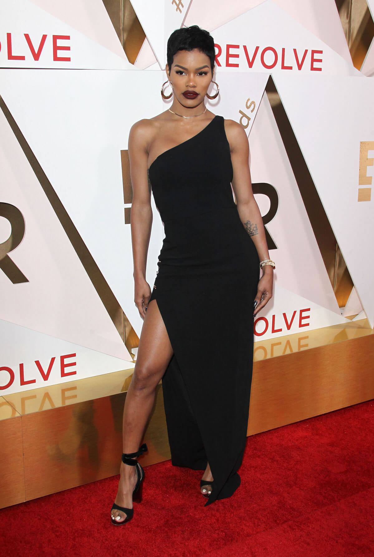 Teyana Taylor wears Black Dress at #revolveawards in Hollywood