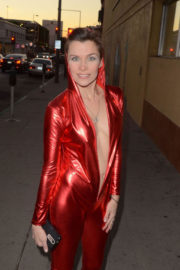 Alicia Arden Stills in a Red Bodysuit Out in Los Angeles 2017/12/12