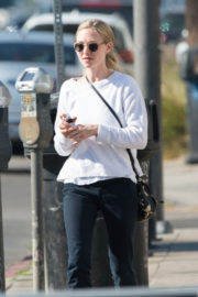 Amanda Seyfried Stills Out for Lunch in Los Angeles 2017/12/06