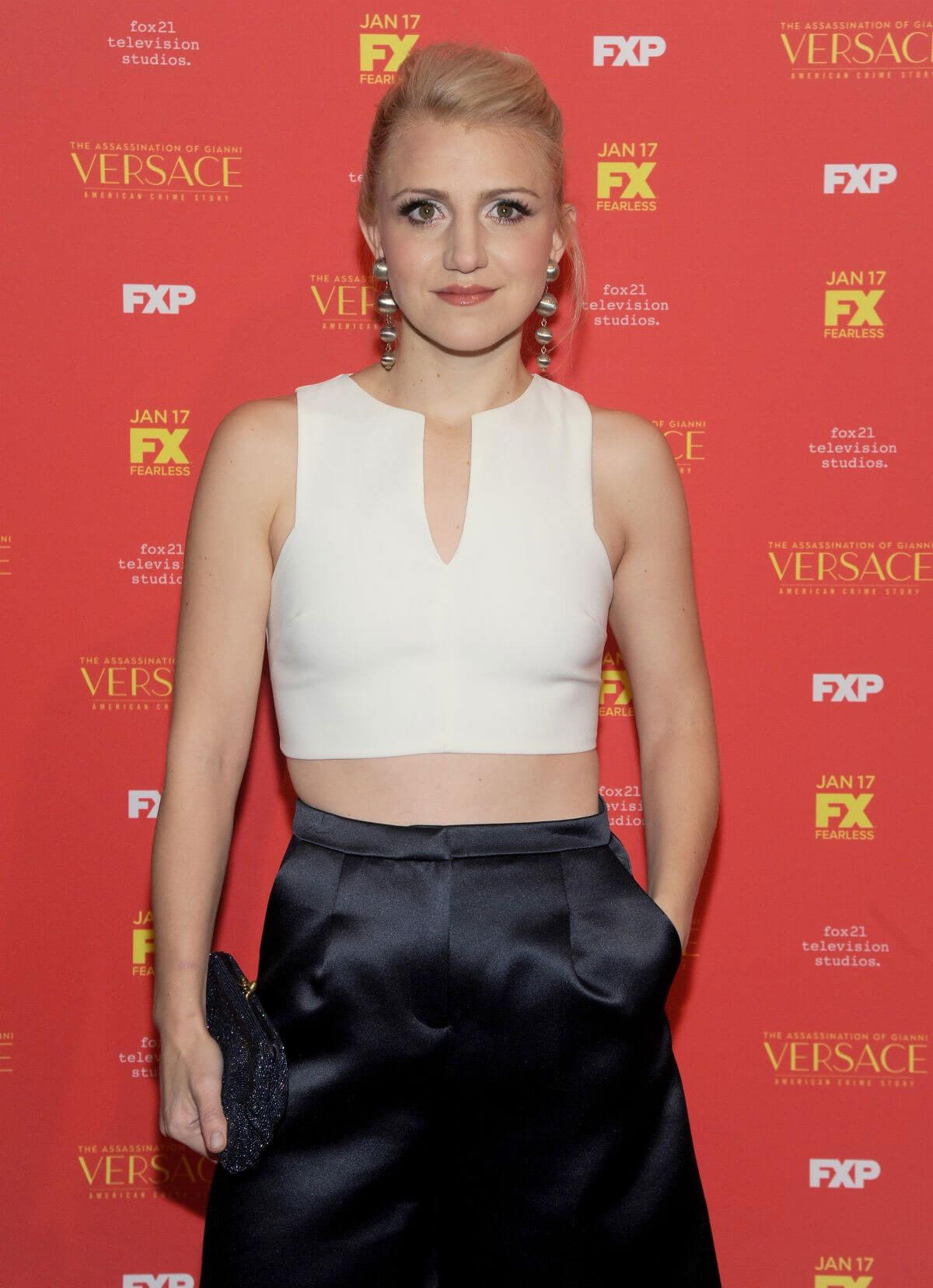 Ass Cleavage Annaleigh Ashford naked photo 2017