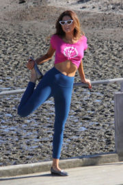Blanca Blanco Stills Workout Out at a Beach in Malibu 2017/12/22