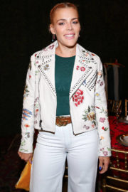Busy Philipps Stills at Aalice & Olivia Denim Launch Party in Los Angeles 2017/11/30