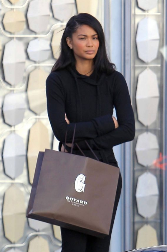 Chanel Iman Stills Out Shopping in Beverly Hills 2017/12/21