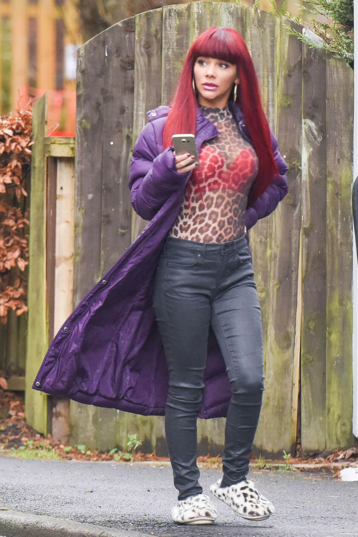 Chelsee Healey Stills on the Set of Hollyoaks in Liverpool 2017/12/15