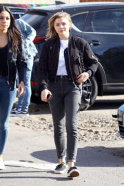 Chloe Moretz Stills Out Shopping in West Hollywood 2017/12/18