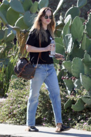 Dakota Johnson Stills Out and About in Hollywood 2017/12/07