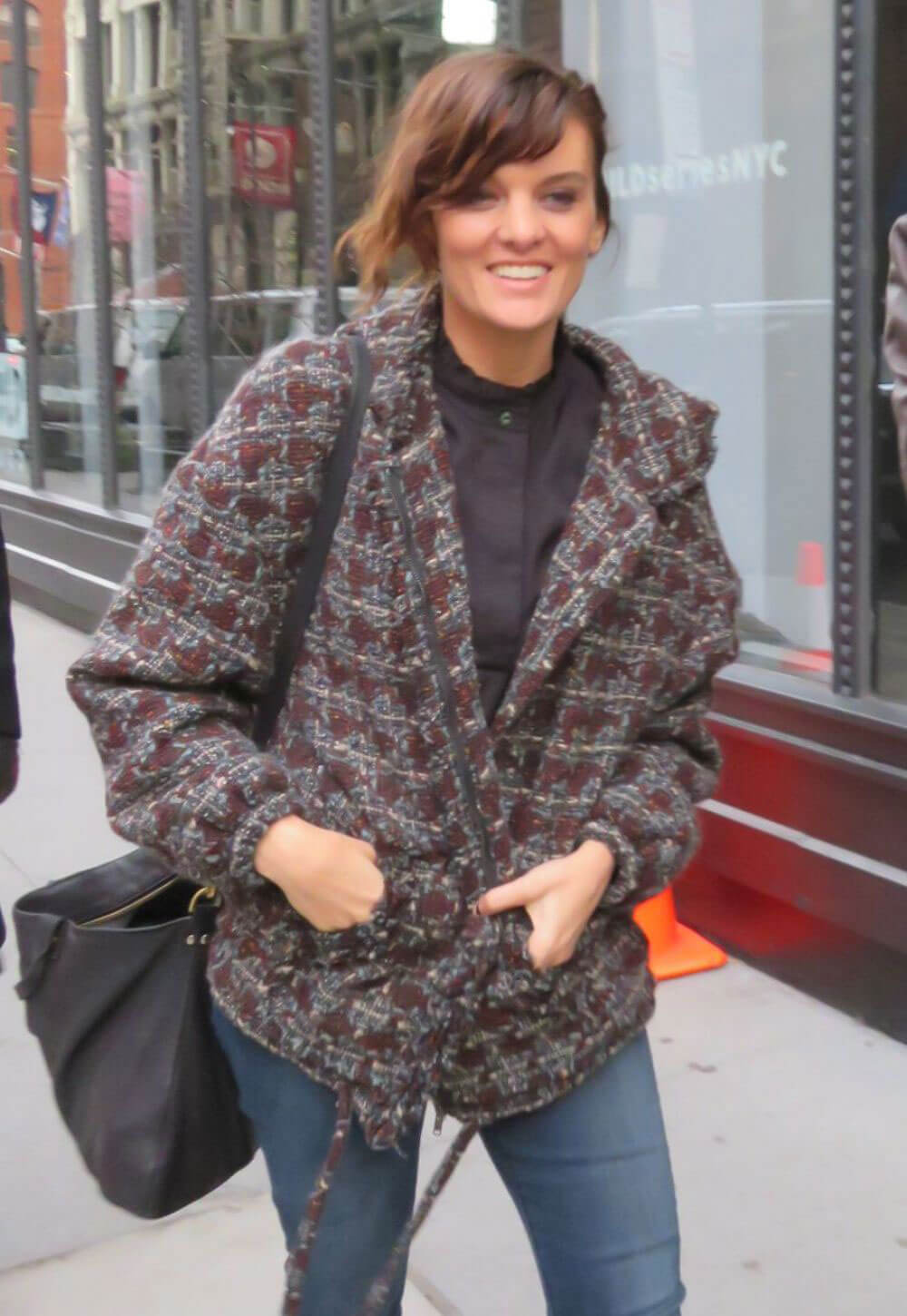 Frankie Shaw Stills Arrives at Build Studios in New York 2017/12/04