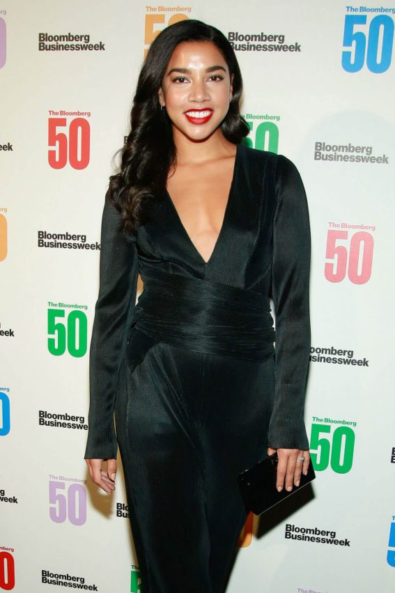 Hannah Bronfman Stills at Bloomberg 50: Icons & Innovators in Global Business Awards in New York 2017/12/04