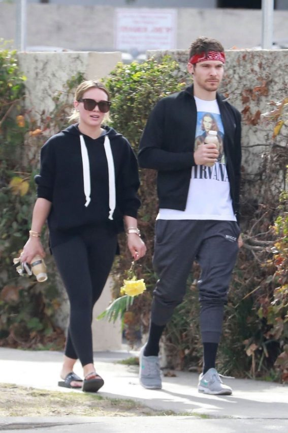 Hilary Duff and Matthew Koma Stills Out in Studio City 2017/12/10