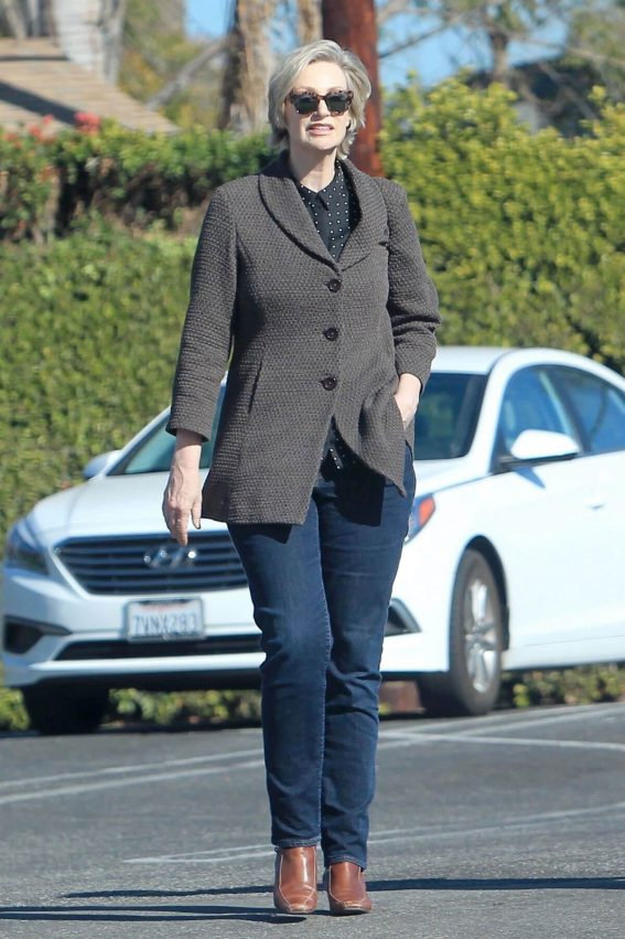 Jane Lynch Stills Out Shopping in Hollywood 2017/12/27
