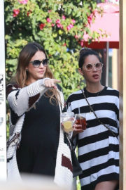 Jessica Alba and Olivia Munn Stills at Out for Lunch in Beverly Hills 2017/12/18