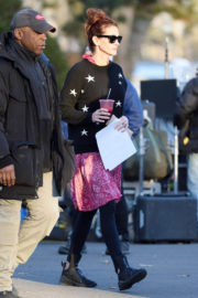 Julia Roberts Stills on the Set of Ben is Back at Cemetery in New York 2017/12/20