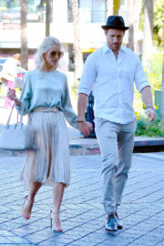 Julianne Hough and Brooks Laich Stills Leaves Church Services on Christmas Eve in Los Angeles 2017/12/24